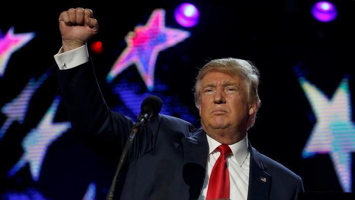 Дональд Трамп побеждает на выборах в США