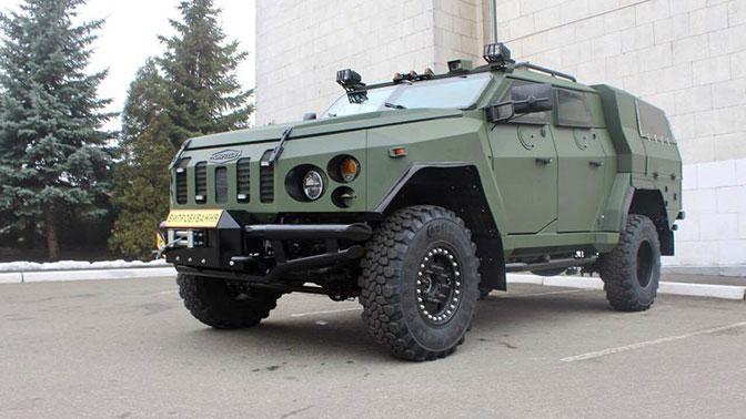 новый бронеавтомобиль На Украине оказался броневиком 2015года