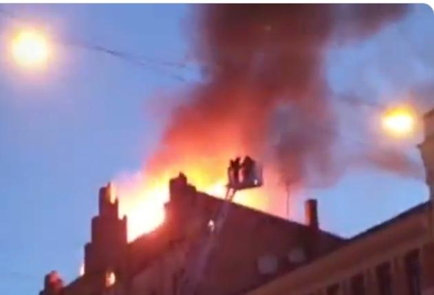 Пожар в хостеле в центре Риги: погибли восемь человек
