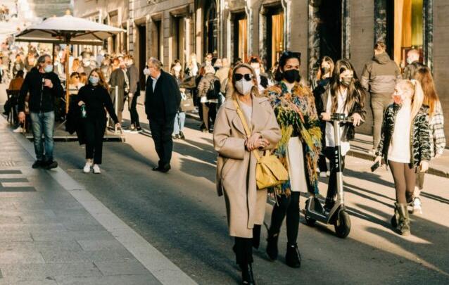 В Латвии отменяют ношение масок в некоторых местах под открытым небом