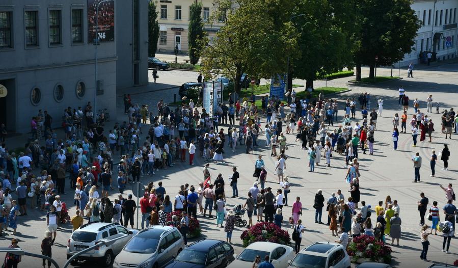 082021 Латвия охвачена митингующими против обязаловки вакцинации