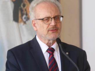 Нужно решение о вакцинации педагогов и медиков — президент Латвии Левитс